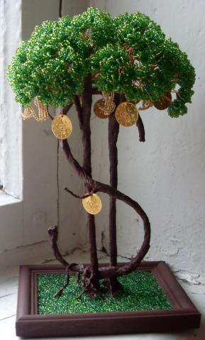 1711 просмотра. зелёный.  0. 194. денежное дерево. бусина стеклянная.