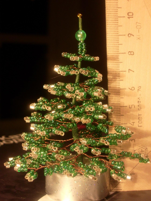 Фотография 4. Деревья из бисера.