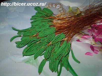 Пошаговый мастер-класс по изготовлению денежного дерево из бисера.  Чтобы изготовить красивое дерево из бисера своими...